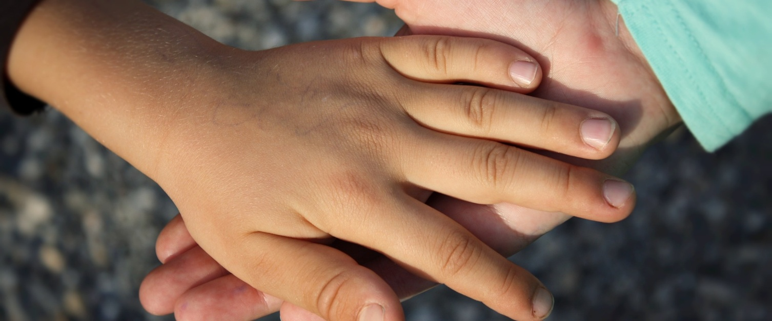 hand-838975_1920