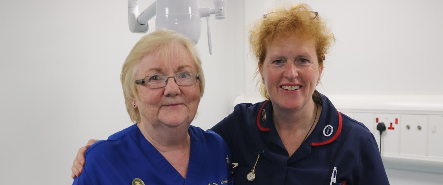 Ysbyty Gwynedd nurse celebrated after treating 30,000 patients