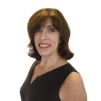 Lisa Llewelyn (Cyfarwyddwr Addysg Nyrsio a Gweithwyr Iechyd Proffesiynol)