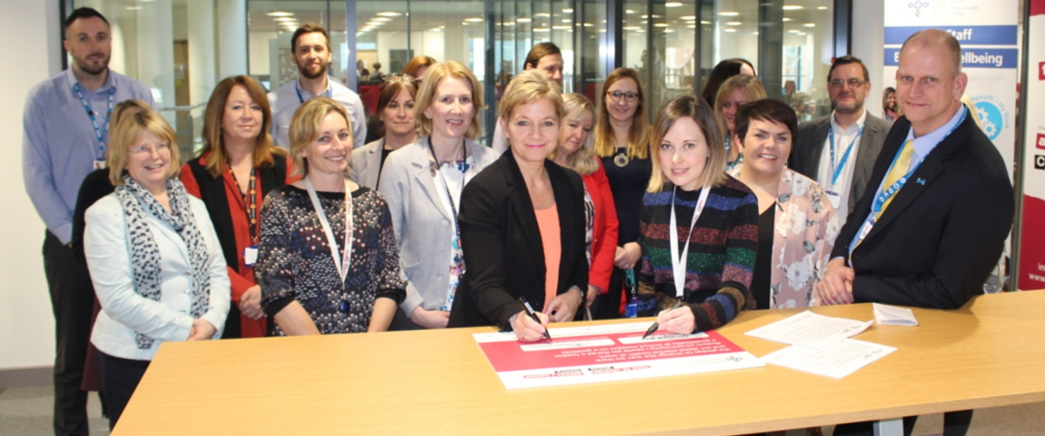 Time to Change pledge signing Tracey Cooper, Lowri Jones 2018.JPG