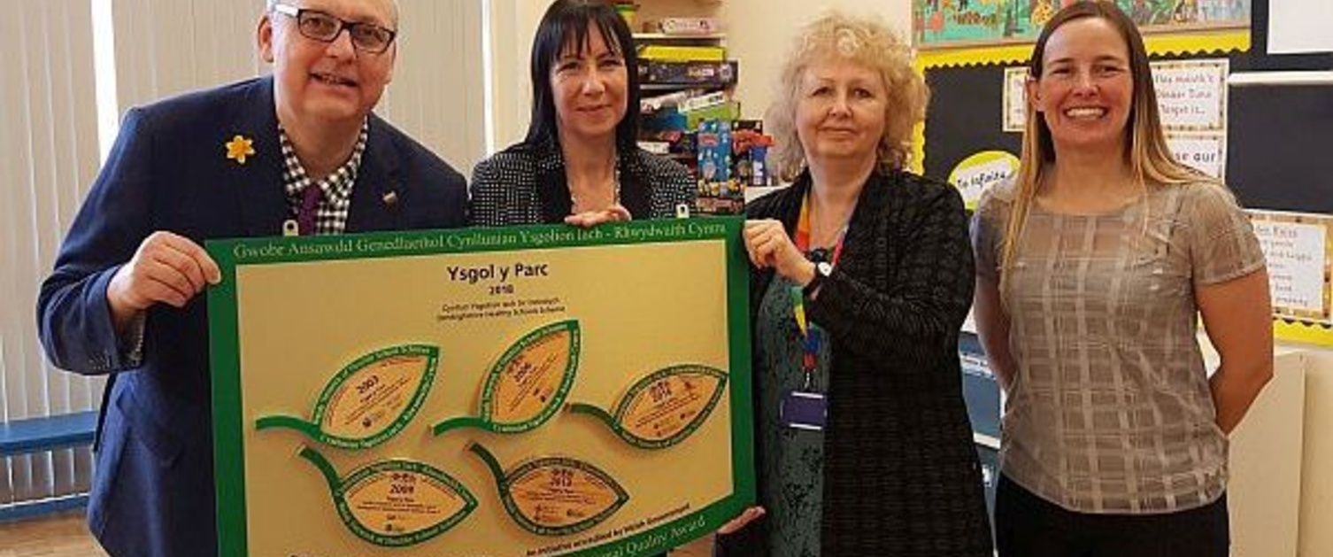 Ysgol y Parc receives its National Quality Award